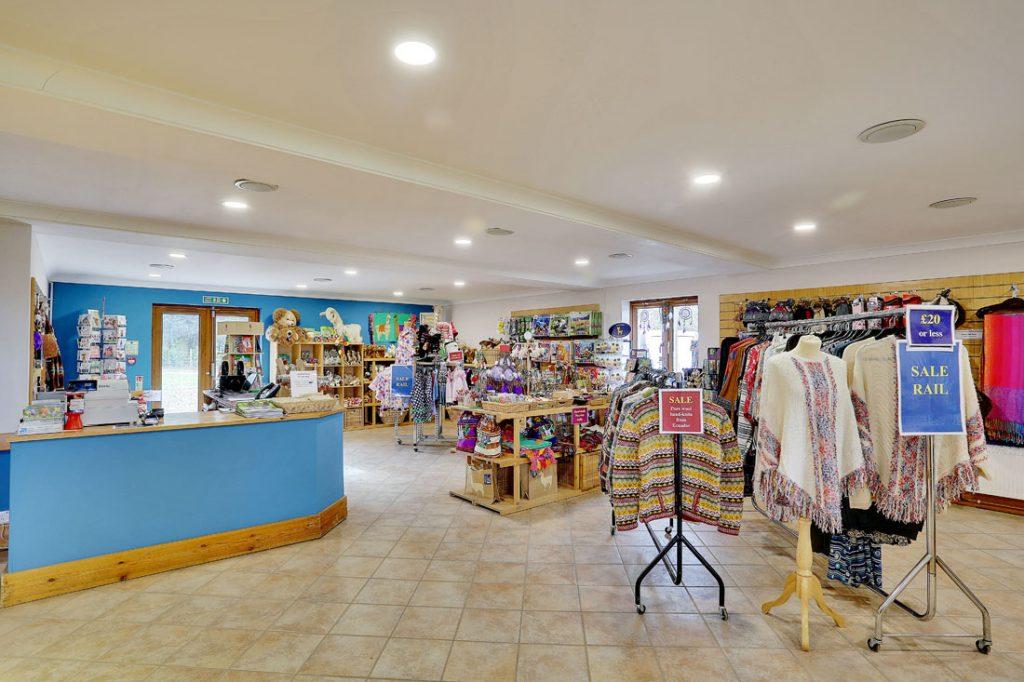 Fashion Amp Gift Shop Llama Park